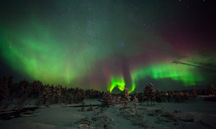NorthernLights1-kakslauttanen
